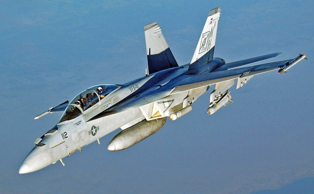 How the Navy's New Block III Super Hornet Could Crush China's J-20
