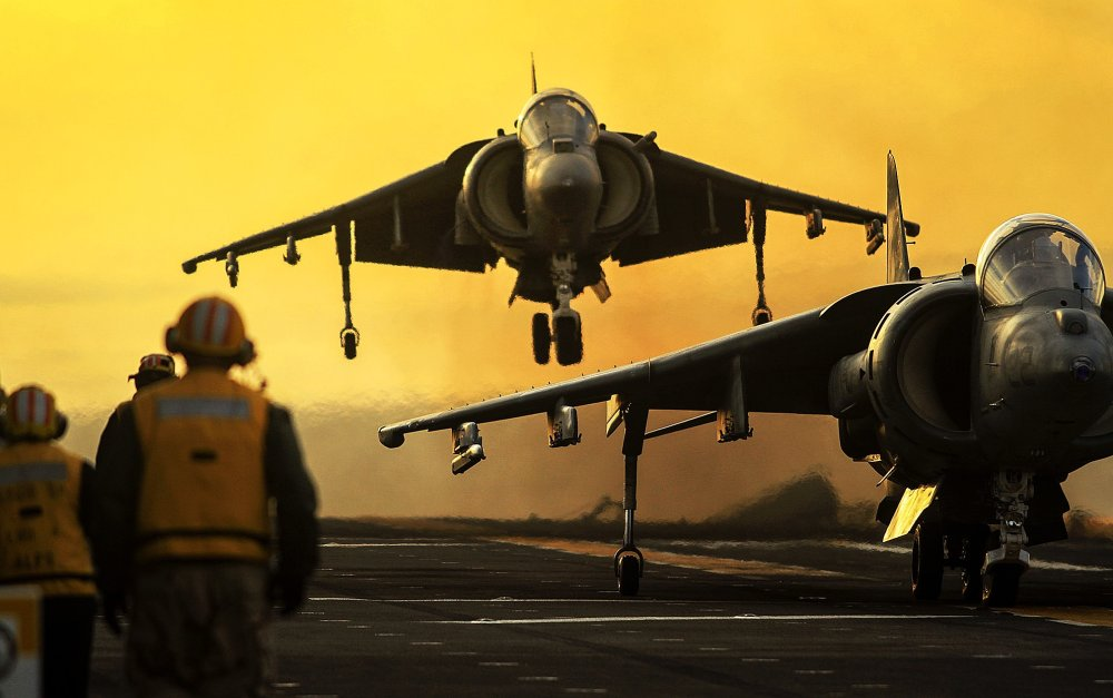 Why the Marines Love the Old Harrier Jet | The National Interest