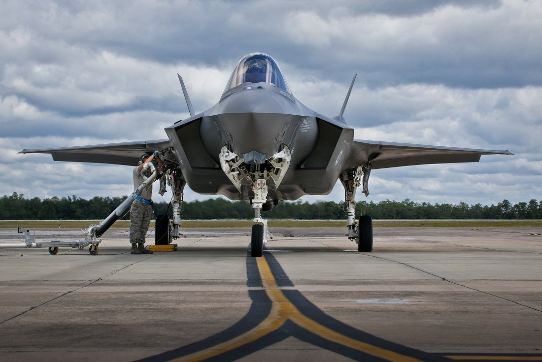 how the u s air force is planning to use the f 35 to fight china s