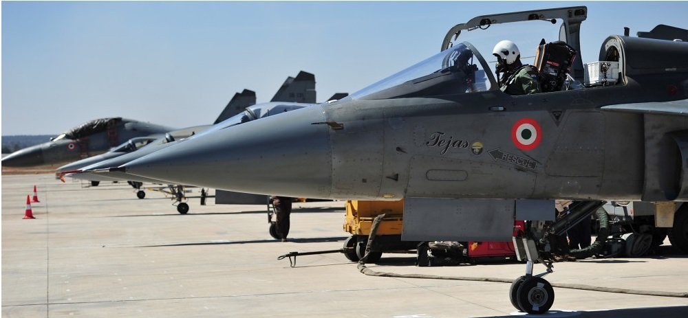 India Took A Shocking 33 Years To Develop Jet Fighter And Its Still Not Ready For Combat
