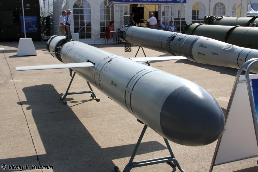 مطالبات روسيه بالغاء مشروع صاروخ Kalibr-M 3M-14E_submarine_launched_land_attack_cruise_missile_from_Kalibr-PLE-Club-S_system_01