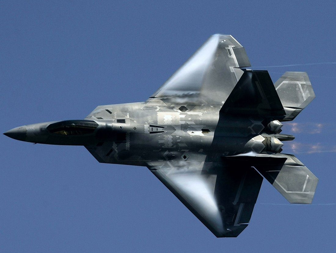 The Forgotten Reason An F 22 Or F 35 Is Superior To China S J 20