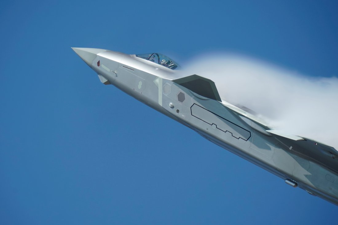 F-22 or F-35 Killer?: Could China's 'Heavy' J-20 Stealth