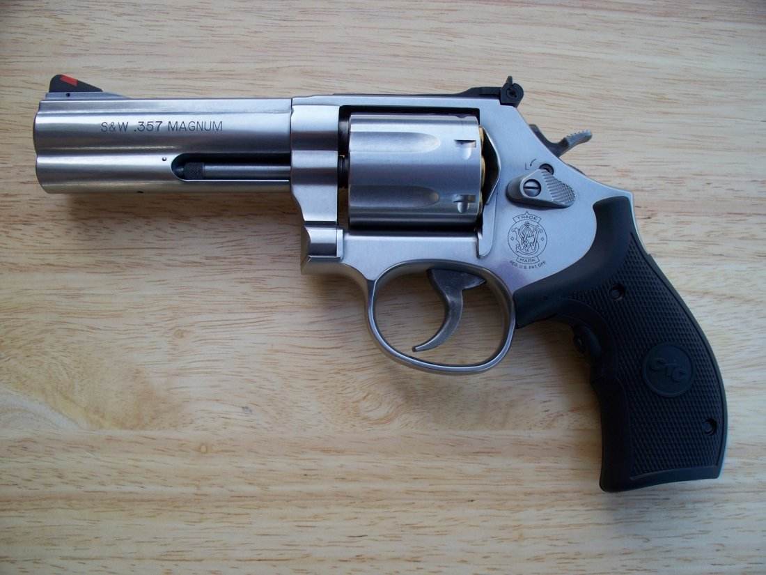Meet The 5 Best Smith Wesson Handguns Ever Made