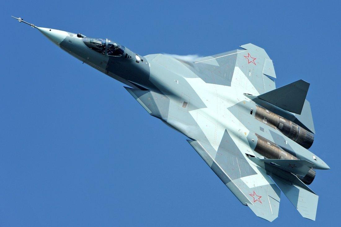 لترقد في سلام : لماذا يعاني مشروع مقاتله روسيا الشبحيه SU-57 من معضله كبيره ؟! Sukhoi_T-50%2C_Russia_-_Air_Force_AN2005753