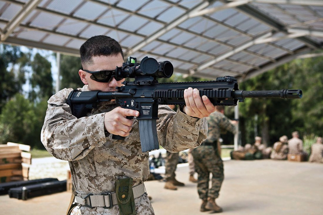 Why The M27 Rifle Is One Amazing Firearm And Why The Marines Love