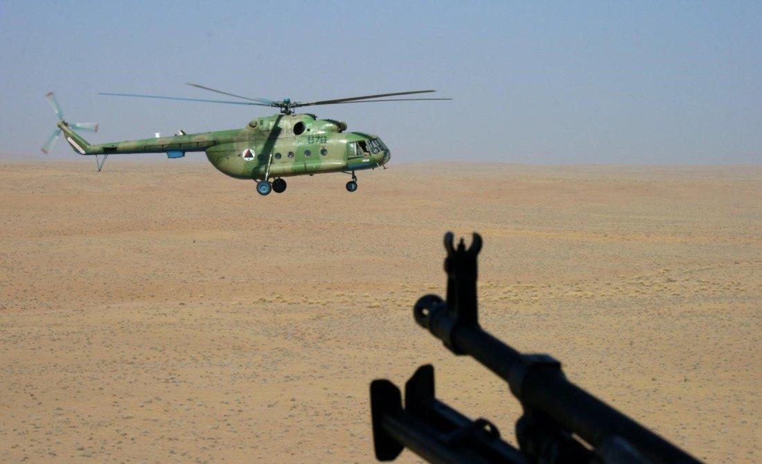 تقرير: أفغانستان تفتقر إلى طيارين ومهندسين للتعامل مع طائرات بلاك هوك Axe