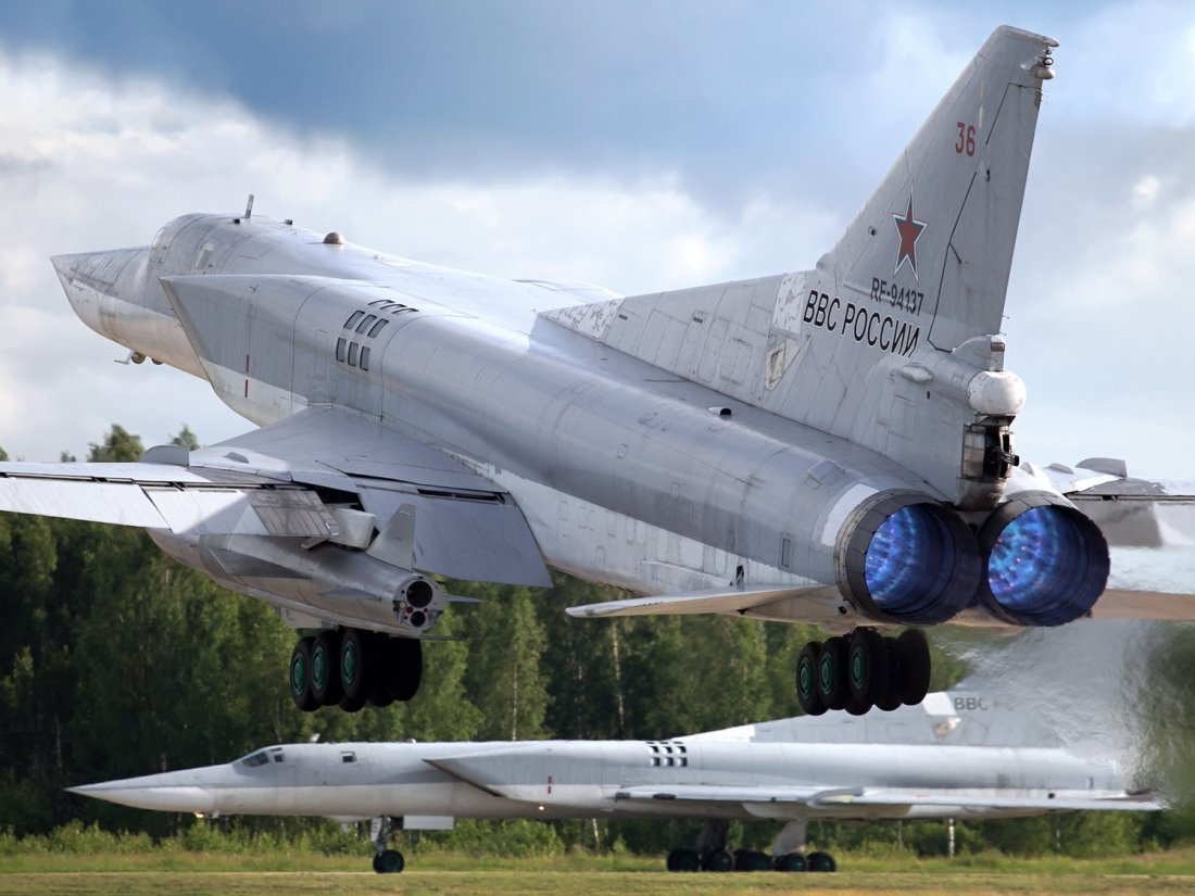 russia new kinzhal aero ballistic missile has 3 000 km range if