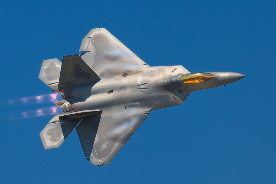 the air force s f 22 is the world s most dangerous fighter there s