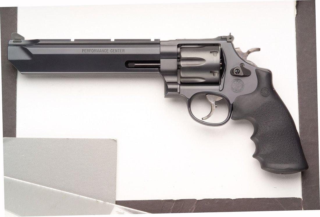 smith wesson s big 44 magnum revolver a legendary gun like no