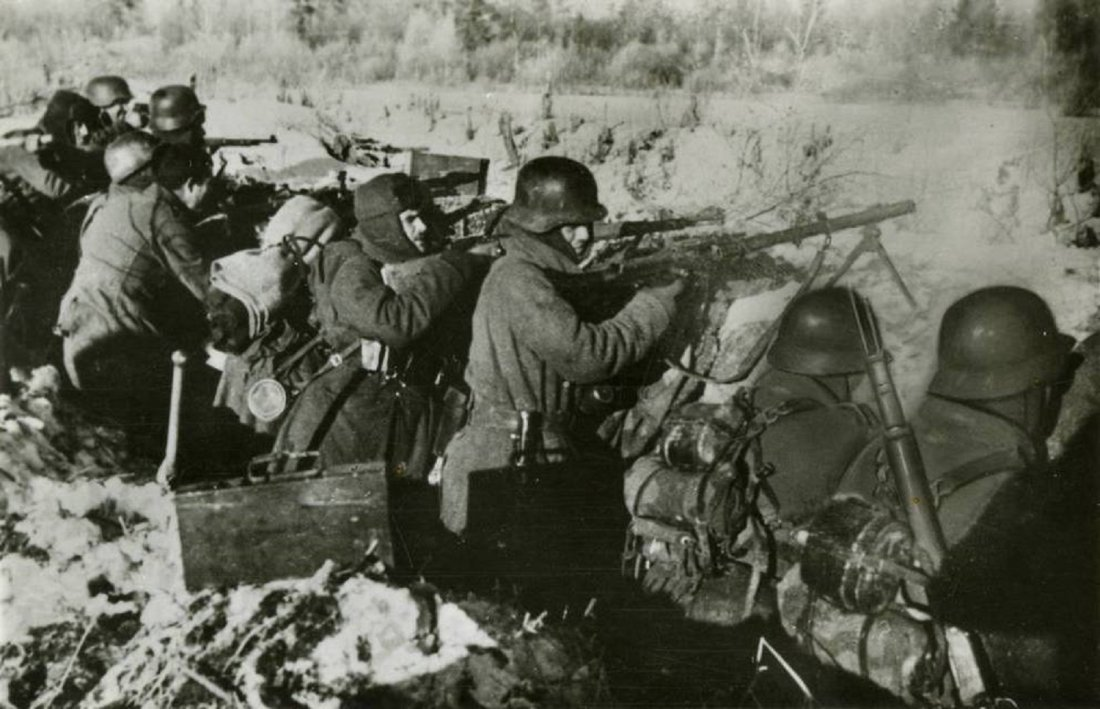 In 1943, Spain's Axis Volunteers Stopped a Russian Advance at Horrendous  Cost