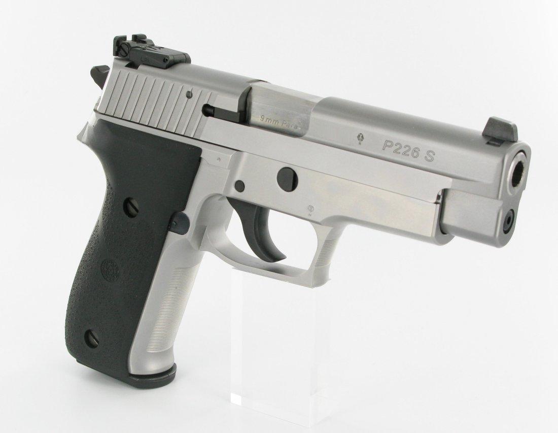 firearm faceoff glock 17 vs sig sauer p226 which gun is best