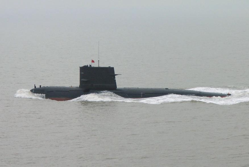 https://upload.wikimedia.org/wikipedia/commons/a/a3/Song-class_Submarine_5.jpg