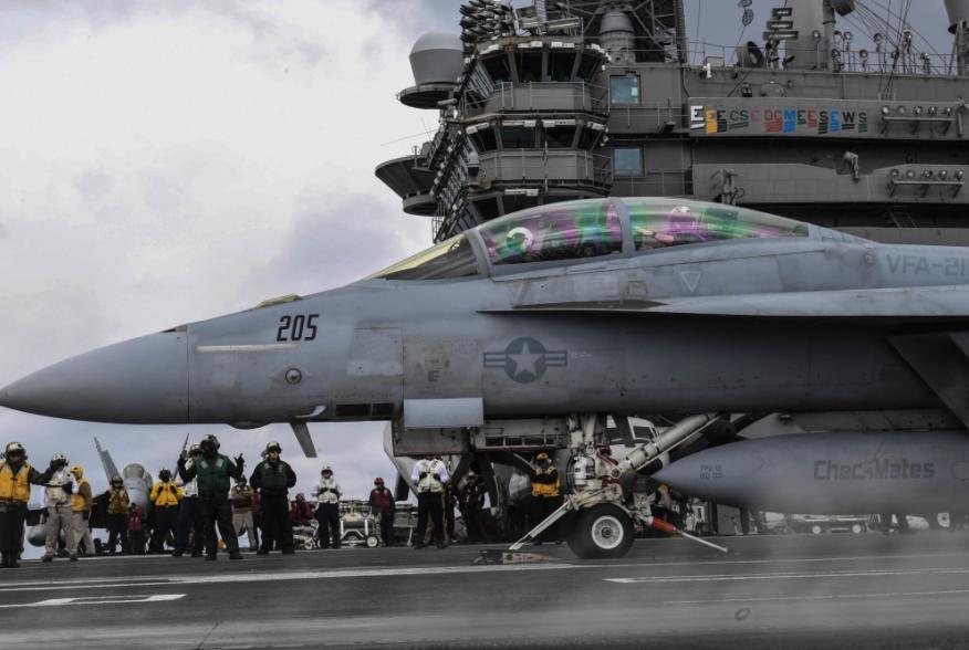 (U.S. Navy photo by Mass Communication Specialist 3rd Class Adelola Tinubu/Released)