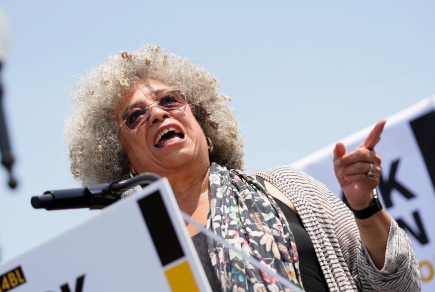 Professor Angela Davis speaks at a rally calling on Congress to censure President Donald Trump on Capitol Hill in Washington, U.S., April 30, 2019. REUTERS/Aaron P. Bernstein