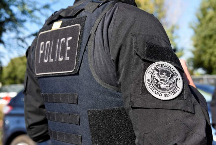 A member of Immigration and Customs Enforcement (ICE) and Removal Operations (ERO) (San Francisco and Northern California) Fugitive Operations teams is pictured during an operation in San Jose, California, U.S. September 25, 2019. REUTERS/Kate Munsch