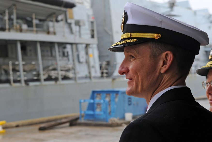 Commanding Officer of the U.S. 7th Fleet flagship USS Blue Ridge, Captain Brett E. Crozier, watches as the British Royal Navy Type 23 frigate, HMS Sutherland moors pier side in Yokosuka, Japan April 11, 2018. Picture taken April 11, 2018. U.S. Navy/Mass C