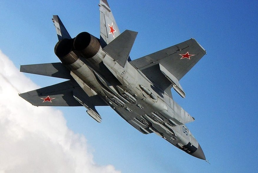 https://news.usni.org/wp-content/uploads/2014/08/Mig-31-Russian-Air-Force.jpg
