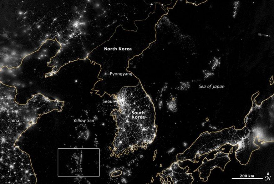 https://eoimages.gsfc.nasa.gov/images/imagerecords/79000/79796/korea_vir_2012268_1.jpg