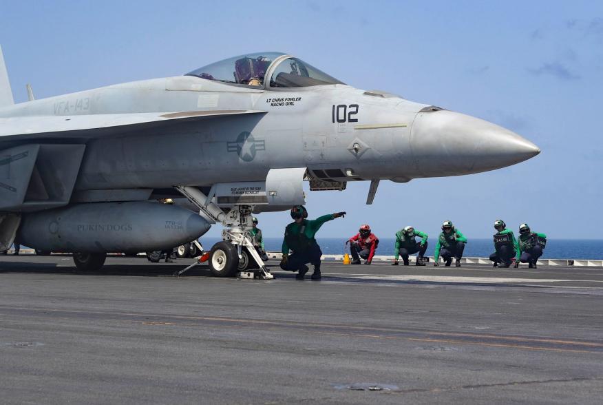 (U.S. Navy photo by Mass Communication Specialist 2nd Class Matt Herbst/Released)
