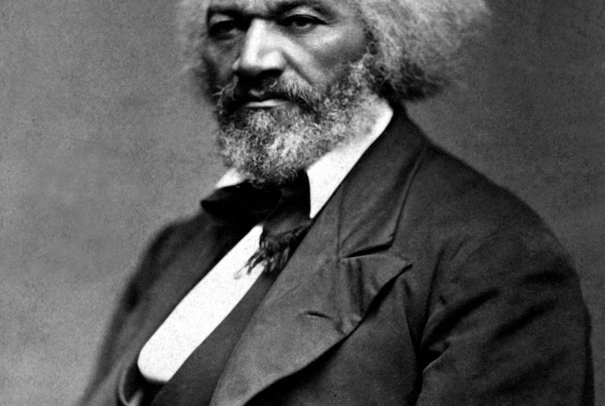 https://upload.wikimedia.org/wikipedia/commons/thumb/c/c5/Frederick_Douglass_%28circa_1879%29.jpg/2048px-Frederick_Douglass_%28circa_1879%29.jpg