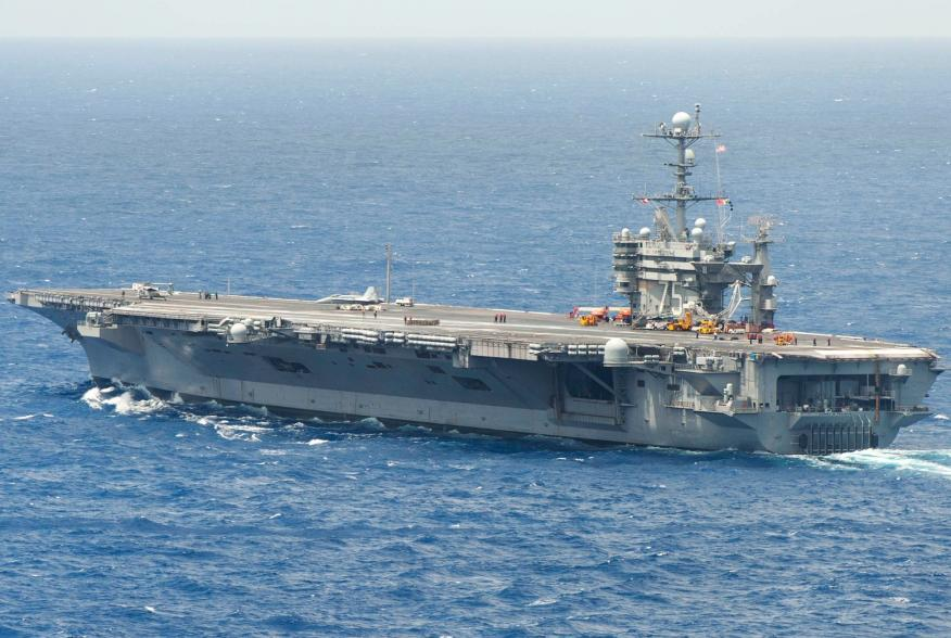 (U.S. Navy photo by Mass Communication Specialist 3rd Class Karl Anderson/Released)