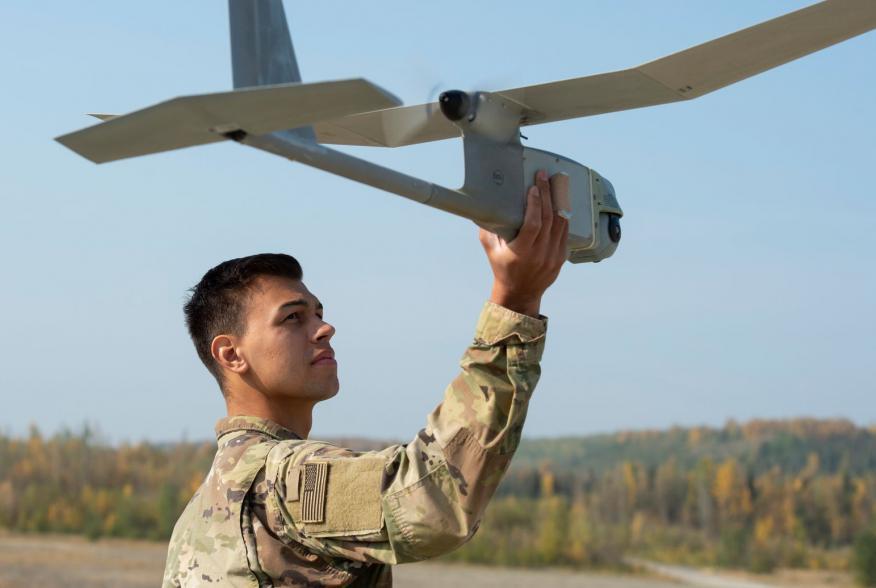https://www.dvidshub.net/image/5708086/blackfoot-co-1-geronimo-paratroopers-operate-rq-11b-raven-uav-jber
