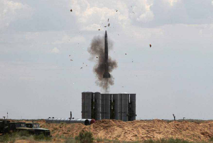 https://pictures.reuters.com/archive/RUSSIA-DEFENCE-MISSILE-RC1F09203150.html