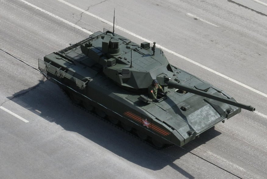 Prototype of Russian main battle tanke T-14 Armata, view from above at the Victory Parade, Moscow. 9 May 2015. Wikimedia/Voevaya mashina. Creative Commons Attribution-Share Alike 4.0 International license.