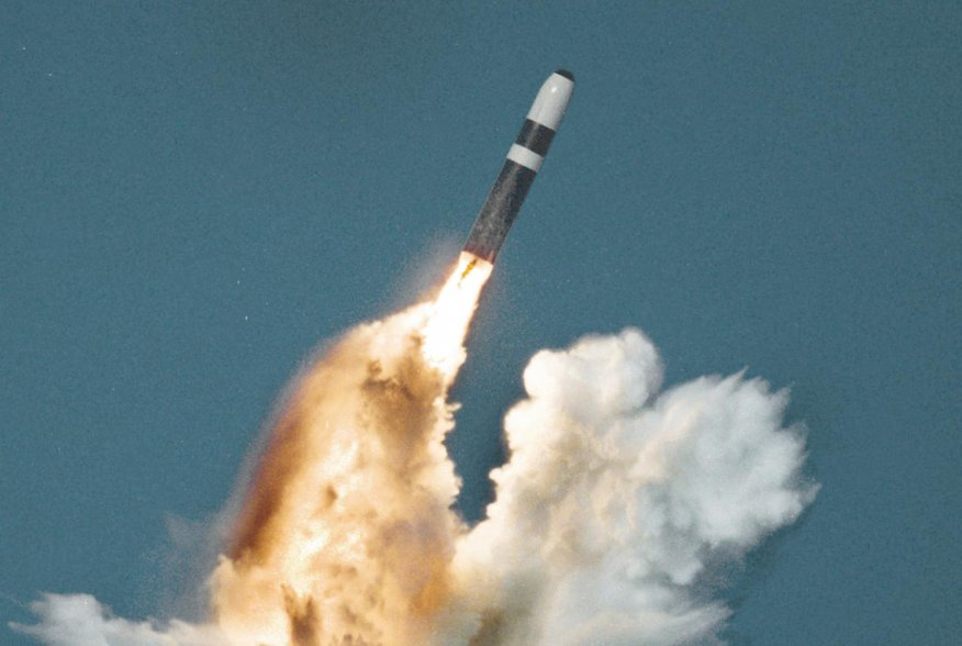 United States Trident II (D-5) missile underwater launch. U.S. Navy.