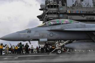(U.S. Navy photo by Mass Communication Specialist 3rd Class Adelola Tinubu/Released)