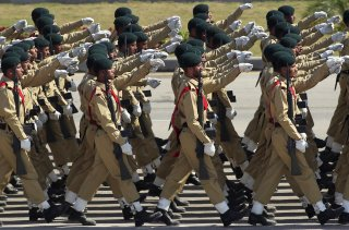 Pakistani soldiers march during the Pakistan Day parade in Islamabad March 23, 2015. REUTERS/Faisal Mahmood