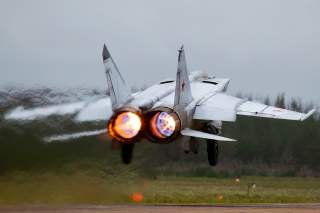 By Alex Beltyukov - RuSpotters Team - Gallery page http://www.airliners.net/photo/Russia---Air/Mikoyan-Gurevich-MiG-25RB/2158681/LPhoto http://cdn-www.airliners.net/aviation-photos/photos/1/8/6/2158681.jpg, CC BY-SA 3.0, https://commons.wikimedia.org/w/in