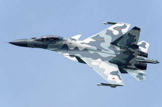By Toshi Aoki - JP Spotters - Gallery page http://www.airliners.net/photo/Russia---Air/Sukhoi-Su-30MKI/2216588/LPhoto http://cdn-www.airliners.net/aviation-photos/photos/8/8/5/2216588.jpg, CC BY-SA 3.0, https://commons.wikimedia.org/w/index.php?curid=2737