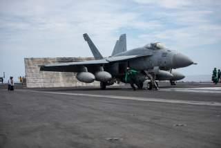 (U.S. Navy photo by Mass Communication Specialist 2nd Class Janweb B. Lagazo/Released)