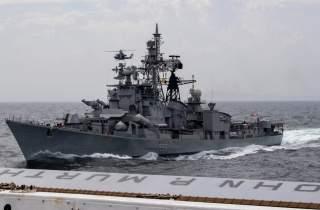 (U.S. Navy Photo by Mass Communication Specialist 2nd Class Kyle Carlstrom)