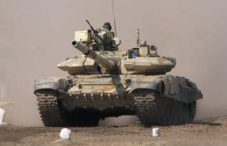 T-90_Bhisma.jpg: cell105 (flickr user) [CC BY 3.0 (https://creativecommons.org/licenses/by/3.0)]