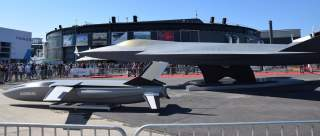https://en.wikipedia.org/wiki/Sixth-generation_jet_fighter#/media/File:FCAS_NGF_mock-up_at_Paris_Air_Show_2019_(1).jpg