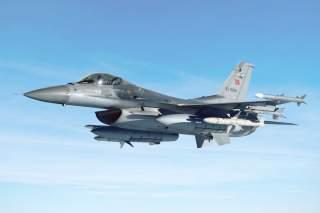 https://en.wikipedia.org/wiki/Turkish_Air_Force#/media/File:General_Dynamics_F-16_Fighting_Falcon_Turkish_(remix).jpg