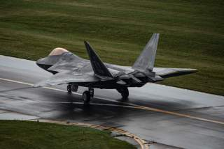 (U.S. Air Force photo by 2nd Lt. Samuel Eckholm).