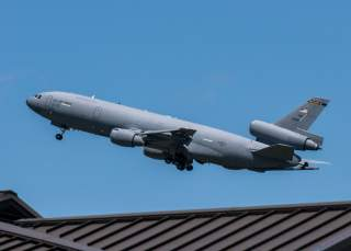 https://www.dvidshub.net/image/5370118/kc-10-extender-and-c-5m-super-galaxy-takes-off-dover-air-force-base