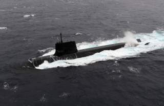 A Japan Maritime Self-Defense Forces diesel-electric submarine Soryu is seen in this undated handout photo released by the Japan Maritime Self-Defense Forces, and obtained by Reuters on September 1, 2014. Japan and Australia are leaning towards a multibil