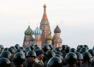 Russian servicemen in historical uniforms stand during military parade training in Red Square in Moscow November 5, 2009. The parade will take place on November 7 to mark the anniversary of a historical parade in 1941 when Soviet soldiers marched through