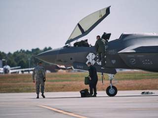 https://www.dvidshub.net/image/5766078/first-air-national-guard-f-35s-arrive-vermonts-158th-fw