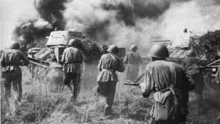 https://en.wikipedia.org/wiki/World_War_II#/media/File:Soviet_troops_and_T-34_tanks_counterattacking_Kursk_Voronezh_Front_July_1943.jpg