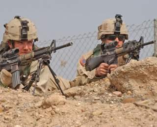 https://en.wikipedia.org/wiki/United_States_Army_Squad_Designated_Marksman_Rifle#/media/File:SquadDesignatedMarksmen.jpg