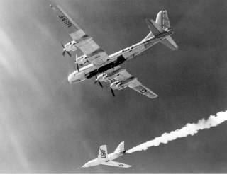The Bell Aircraft Company X-2 (46-674) drops away from its Boeing B-50 mothership in this photo. Lt. Col. Frank