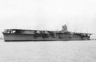 https://upload.wikimedia.org/wikipedia/commons/1/19/Japanese_aircraft_carrier_Hiryu_1939.jpg