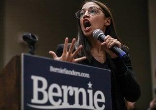 Rep. Alexandria Ocasio-Cortez (D-NY) speaks ahead of Democratic 2020 U.S. presidential candidate and U.S. Senator Bernie Sanders' campaign rally in Storm Lake, Iowa, U.S., January 26, 2020. REUTERS/Ivan Alvarado