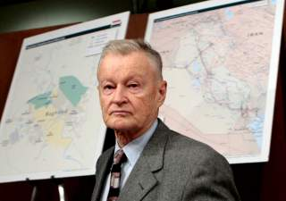 Former National Security Adviser Zbigniew Brzezinski arrives to testify before the Senate Foreign Relations Committee on Capitol Hill in Washington, February 1, 2007. REUTERS/Jim Young (UNITED STATES)